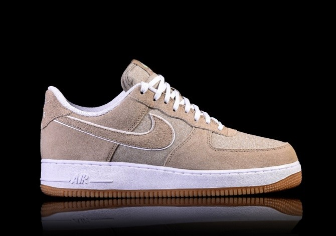 NIKE AIR FORCE 1 '07 KHAKI