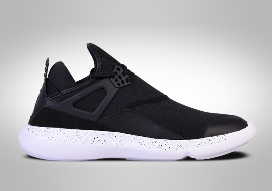 c5f4564e0ca NIKE AIR JORDAN FLY  89 OREO BG price €69.00