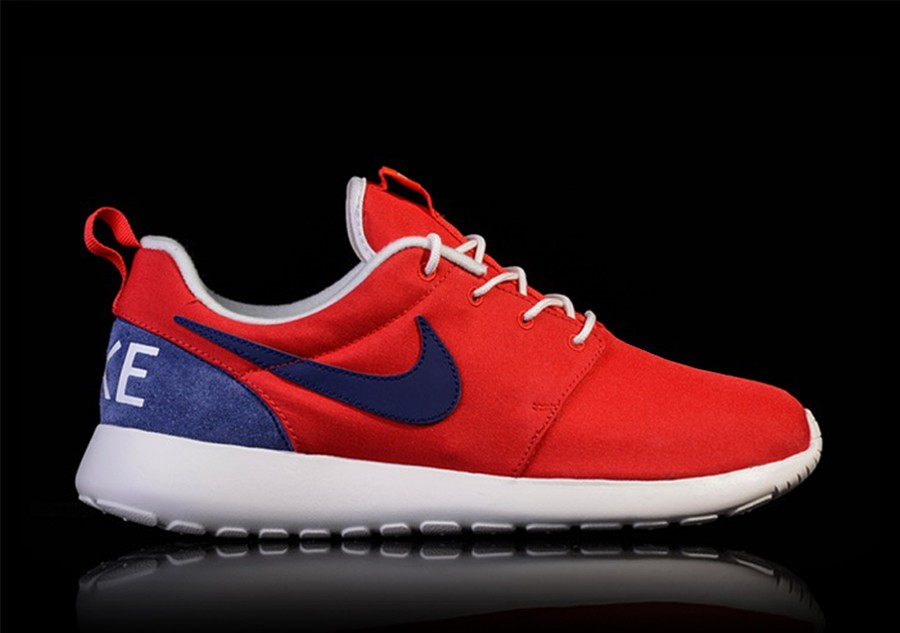 new styles 79a9a 2abd5 NIKE ROSHE ONE RETRO UNIVERSITY RED LOYAL BLUE-SAIL