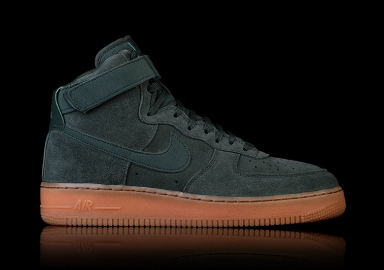 on sale beed2 833f7 NIKE AIR FORCE 1 HIGH  07 LV8 SUEDE GREEN