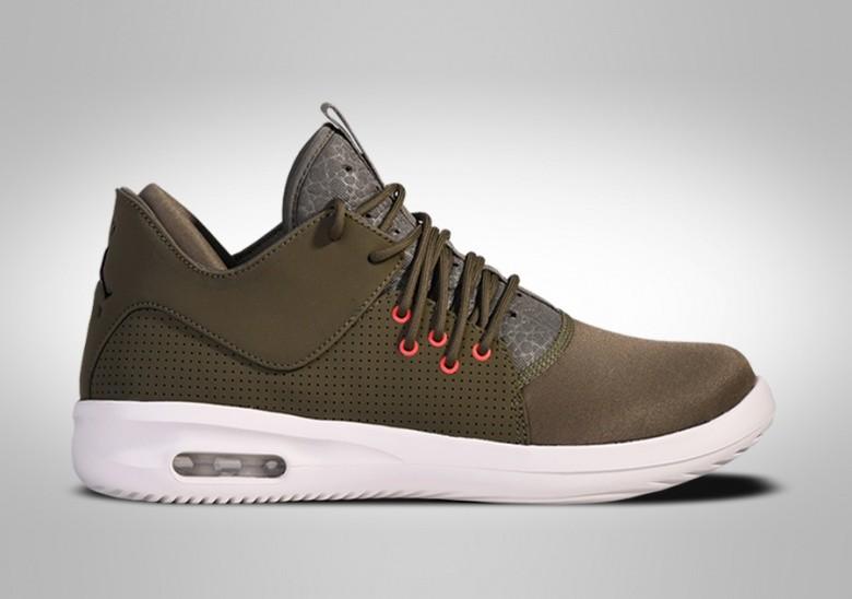 Jordan Air Class First Nike Pour Olive fv5wFpq