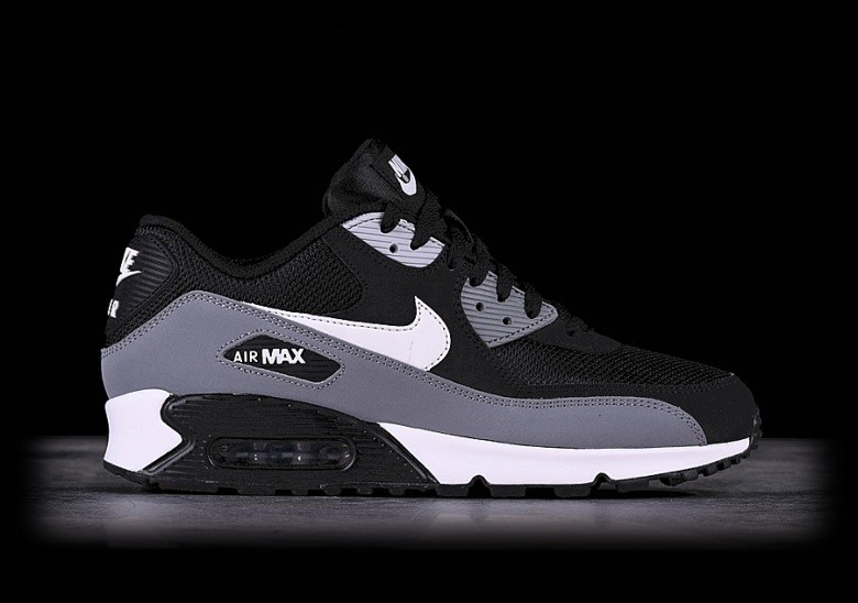 best loved a7620 4abbb NIKE AIR MAX 90 ESSENTIAL BLACK per €122,50 | Basketzone.net