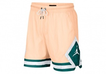 NIKE AIR JORDAN SPORTSWEAR DIAMOND POOLSIDE SHORTS CRIMSON TINT