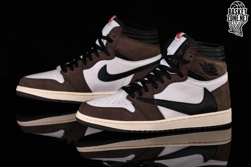 Travis Scott x Nike Air Jordan 1 Retro High 44 Ceny i